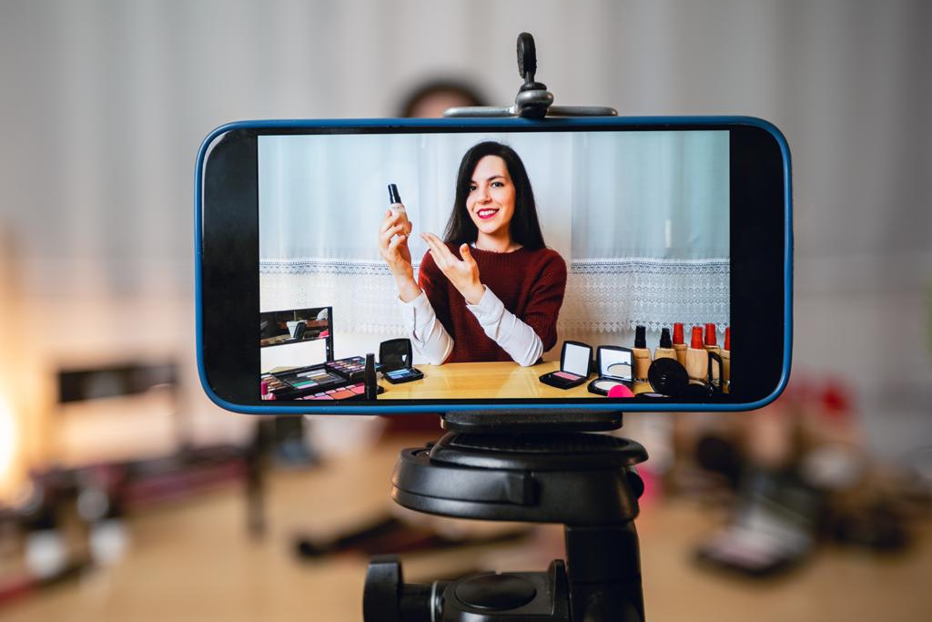 Запись видео для блога на смартфон
